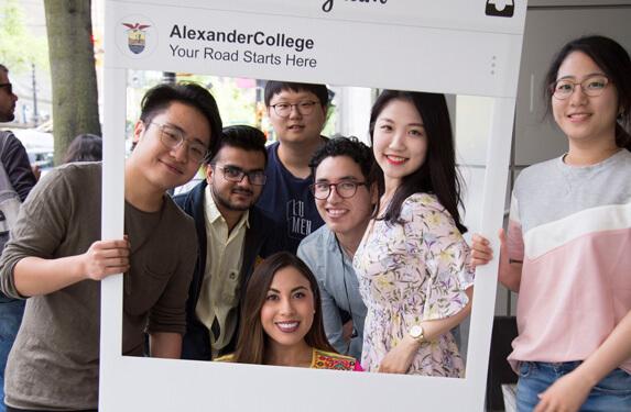Alexander College 亞歷山大學院 student
