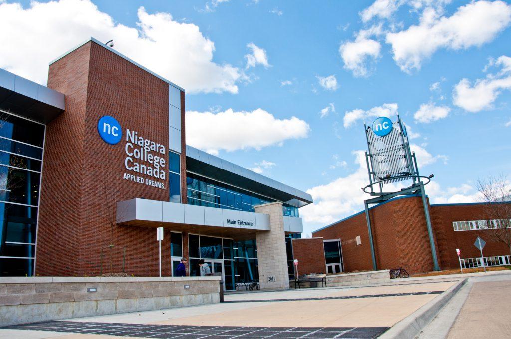 Niagara College 尼加拉學院 Campus